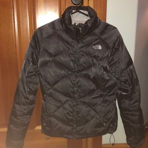 CLOSET CLOSING 9/22-North face puffer jacket med